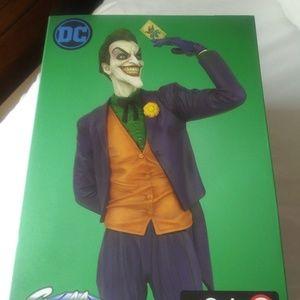 DC The Joker Statue